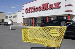 An OfficeMax store is pictured in Fairbanks, Alaska on May 1, 2007. THE CANADIAN PRESS/AP, Al Grillo