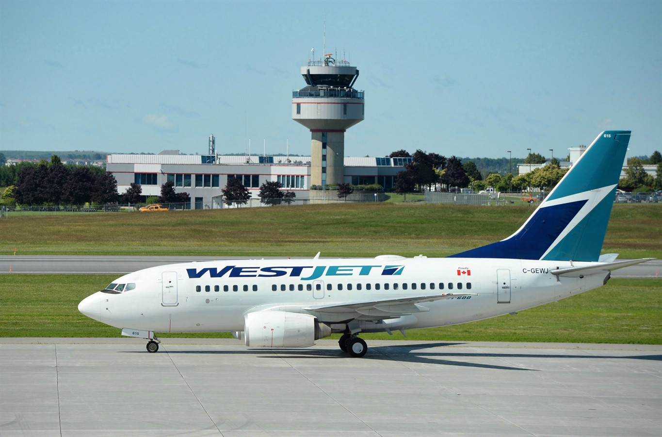 how important is the reservation system at airlines such as westjet and jetblue