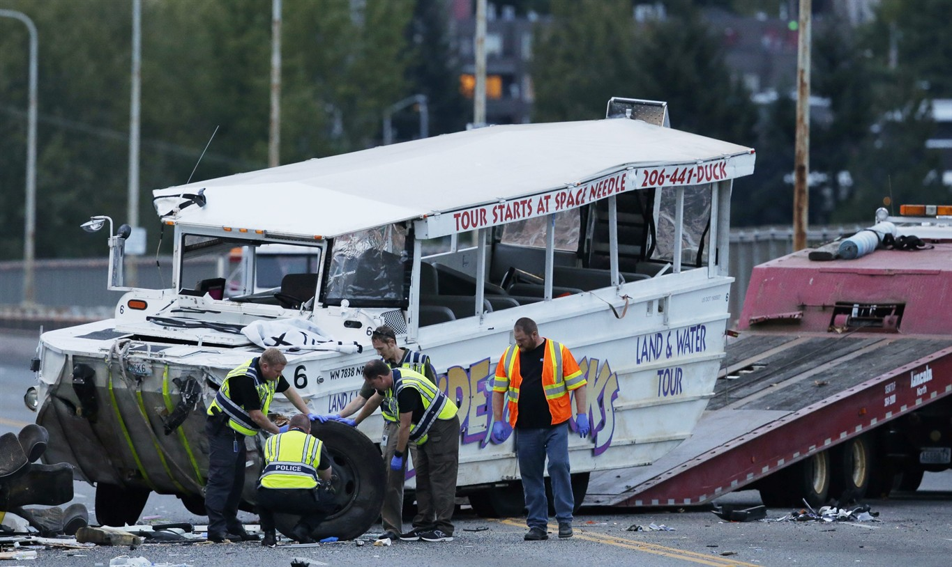 Tow Truck Ottawa >> NTSB: Duck boat involved in fatal Seattle crash did not have axle repair recommended in 2013 ...